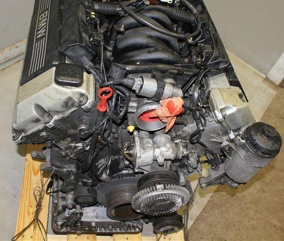 Ниже приведены технические характеристики двигателей бмв