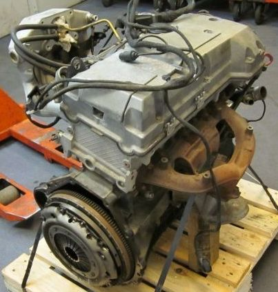 Двигатель на Мерседес W124,